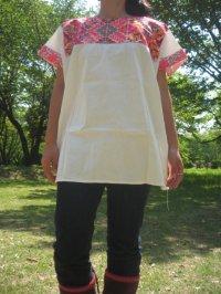 民族刺繍ブラウス